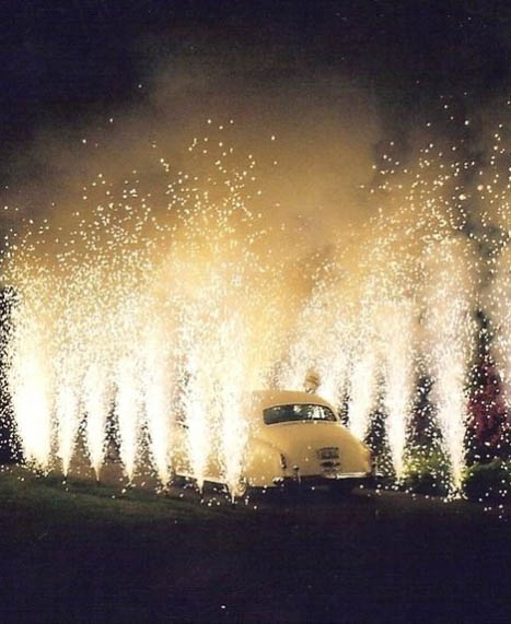 Wedding Sparkler Ideas (2 of 11)