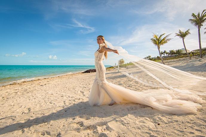 An Elegant Wedding at Triton Villa   Turks & Caicos